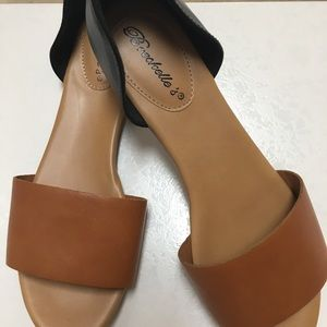 Breckelle's brown & black shoes size 8 1/2